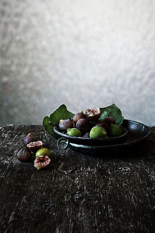 figs0_photography_and_styling_by_M_nica_Pinto_her_blog_Pratos_e_Travessas_blogspot_s8_as_seen_on_linenandlavender.net